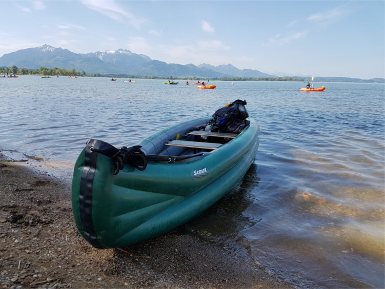 Gumotex Scout - inflatable canoe for camping and familiy excursions