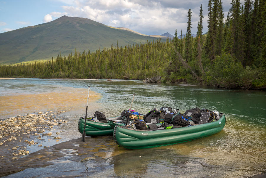 inflatable canoe tour