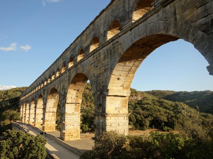 Historical Kayak Tour to the Pont du Gard