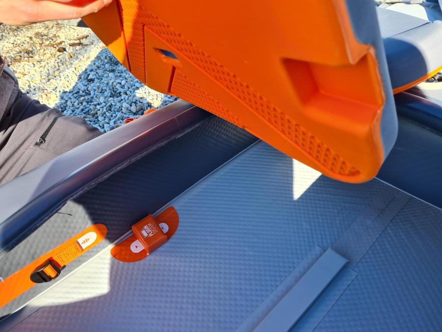 x500 inflatable kayak seat
